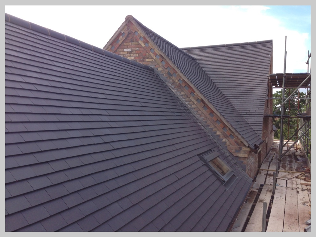 Large new tiled roof, Herefordshire, Wyvern Roofing