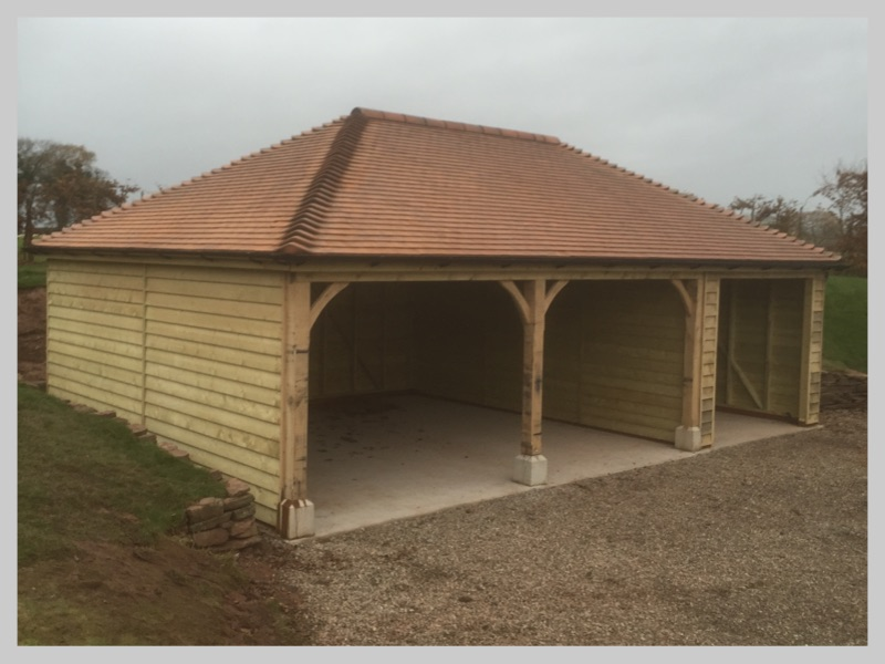 New tiled roof on a timber frame garagem Tenbury Wells, Worcestershire. Wyvern Roofing